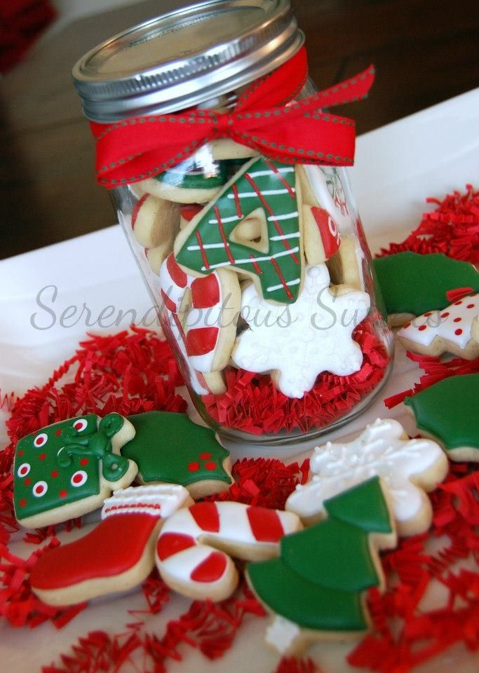 A Xmas Cookie Jar Idea For All Those Ball Mason Jars I Have Decoracion De Galletas Navidenas Envasado De Galletas Tarros De Galletas