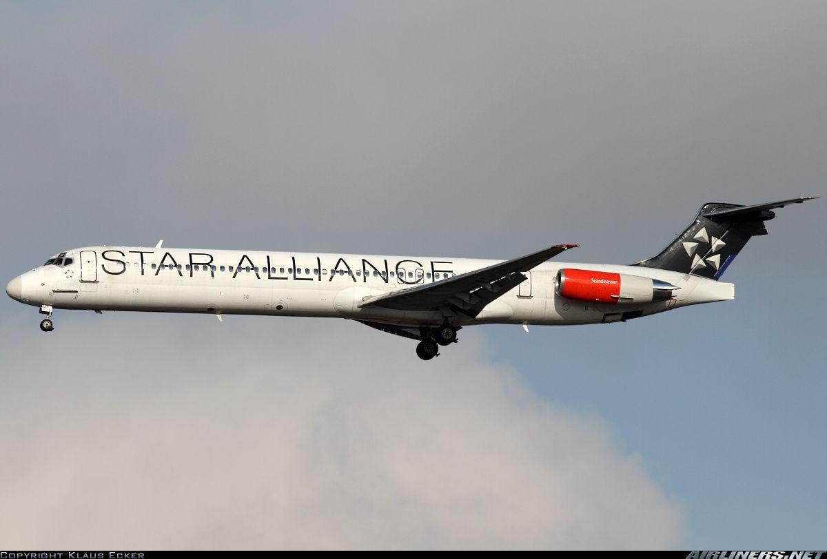 Scandinavian Airlines Sas Oy Khp Mcdonnell Douglas Md 81 Dc 9 81 Aircraft Picture Scandinavian Airlines System Scandinavian Best Flights