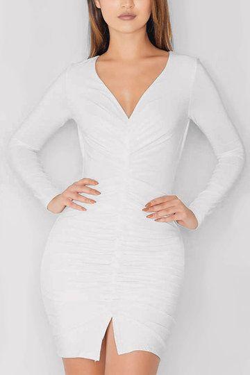 57695b1d9e1 Vestido de fiesta de parte delantera plisada de cuello en V blanco ...