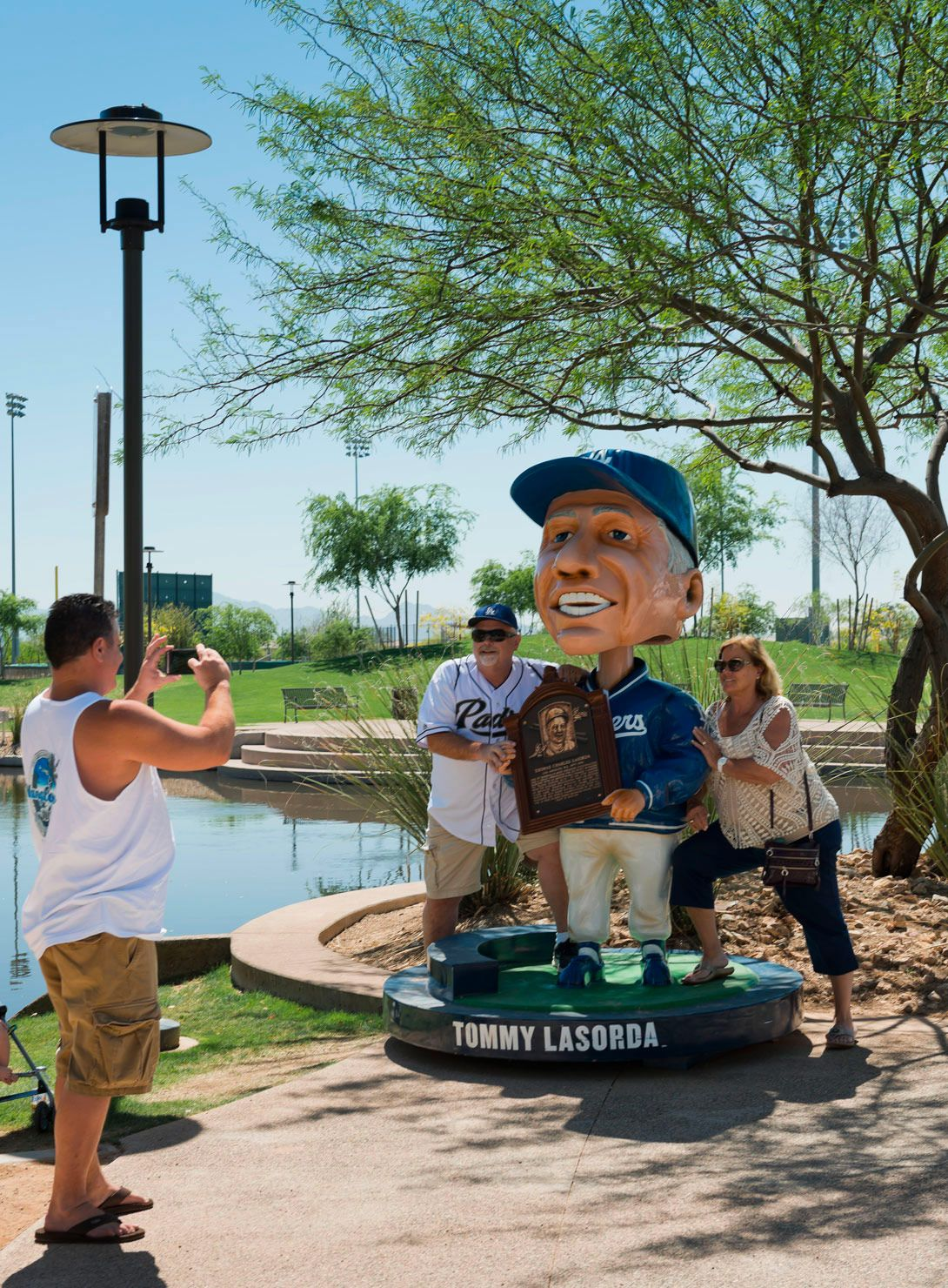 Wayfinding Signs For Camelback Ranch Dodger S Spring Training Facility Designed By Younts Design Inc Camelback Branding Design Environmental Graphic Design