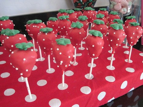 Strawberry Shortcake Tea Party kids-party