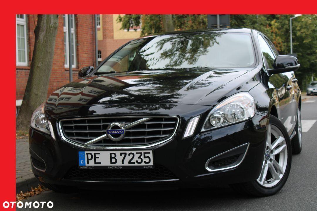 Volvo V60 2012r 1 6t Benzyna 150km Manual Led Navi Oplacony 14 Volvo V60 Volvo Bmw Car