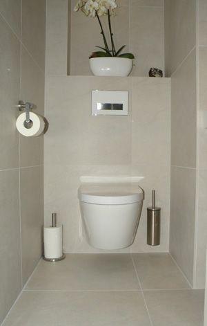 welke muren betegelen in kleine badkamer - Google zoeken ...