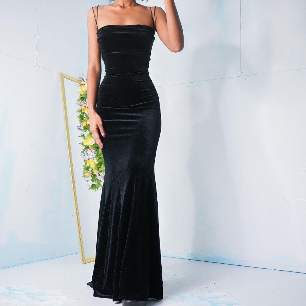 Masha Jlynn On Instagram Sold Vintage 1990 S Black Velvet Backless Gown Size S Please Click The Link In T Velvet Prom Dress Ball Dresses Velvet Dress Long [ 1070 x 1070 Pixel ]