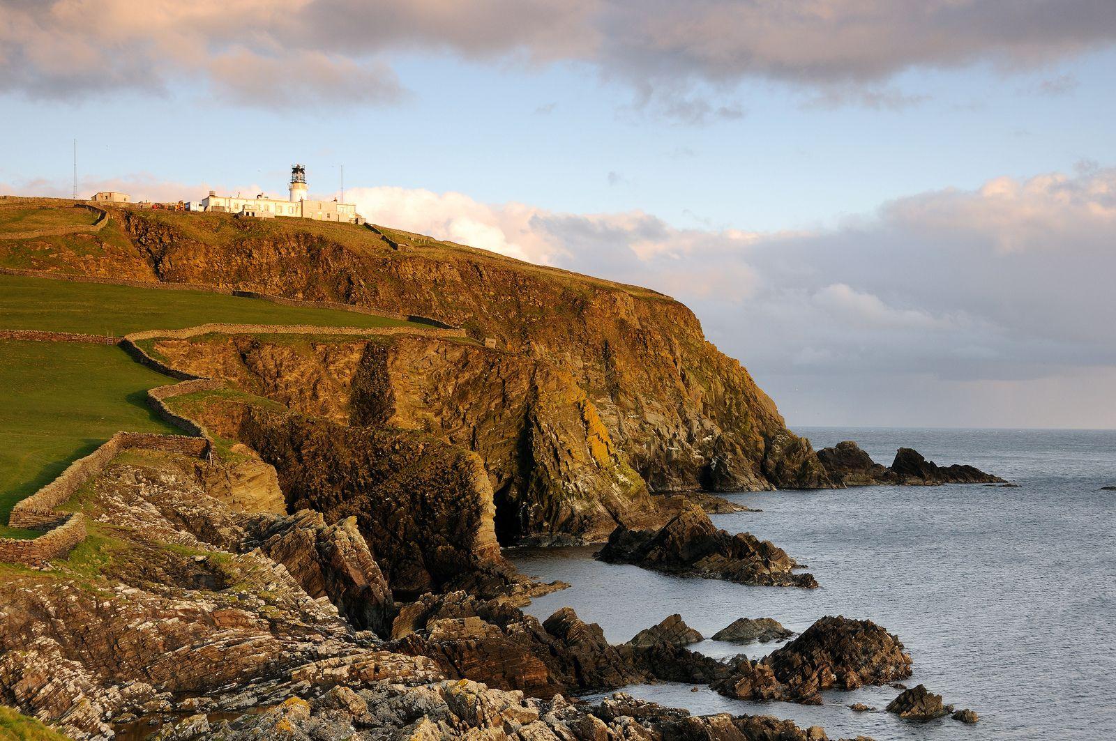 Sumburgh Head at sunset, Shetland   da iancowe