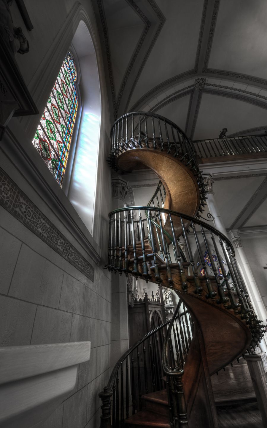 Best Miraculous Staricase Loretto Chapel Staircase Old Churches 400 x 300