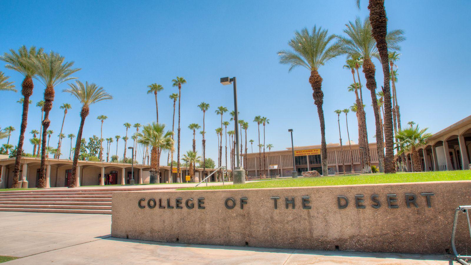 Designed By Rsm Design Architectural Environmental Graphic Design Monumental Signage S Environmental Graphic Design Palm Springs Architecture Campus Design