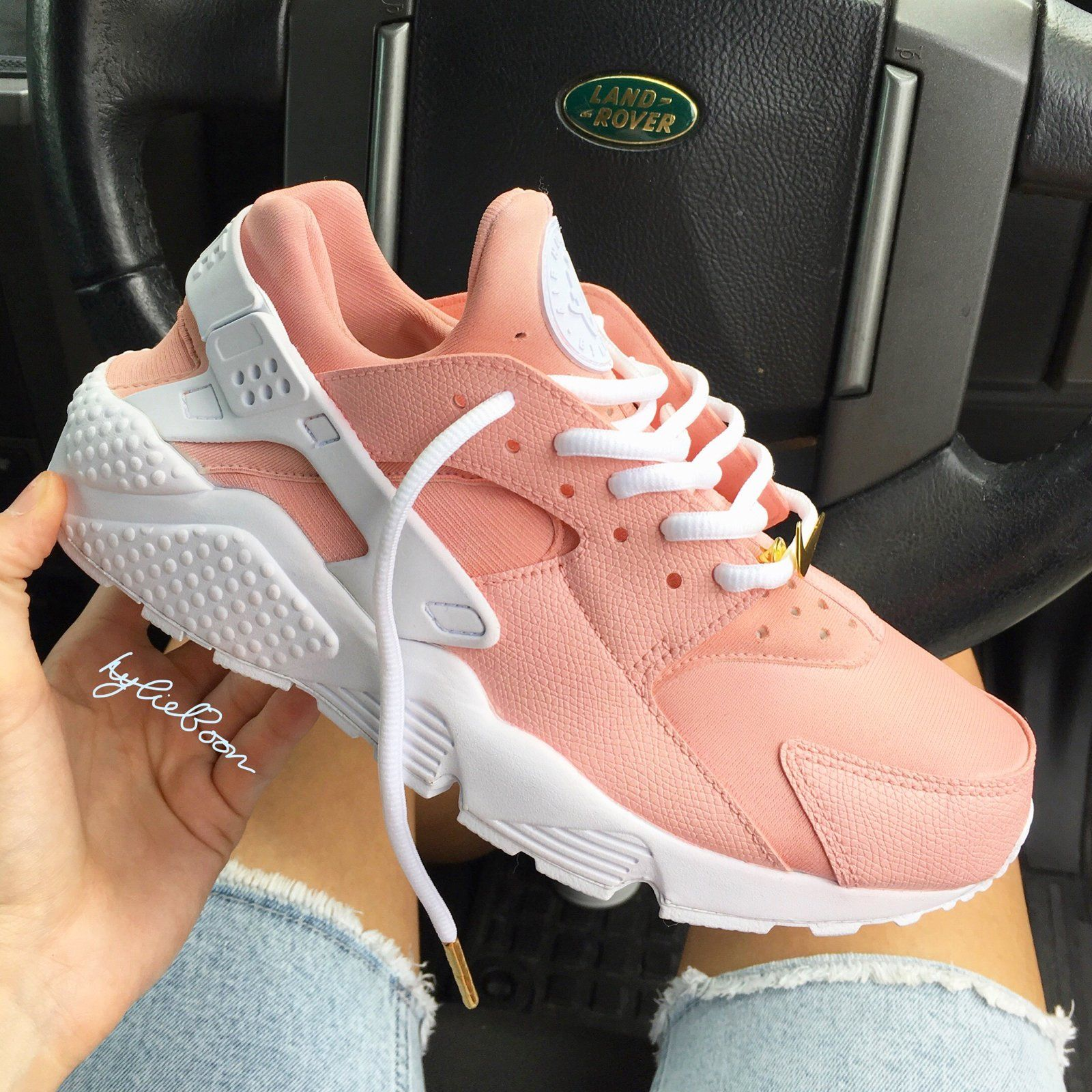 7aef2e697c40b Rose Blush Nike Huarache customs.The gold Nike badge is for photographic  purposes only and is not included in the sale unless you add the option to  your ...