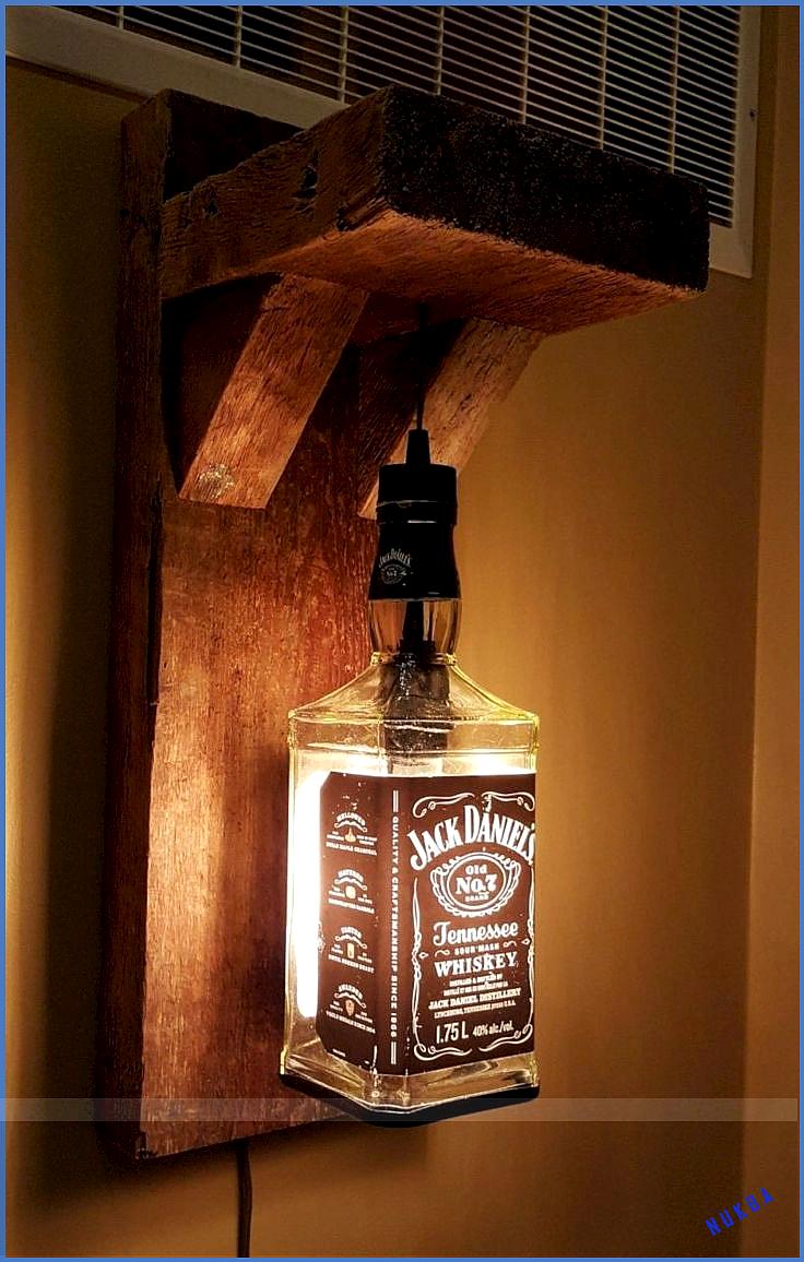 Upcycling Light Von Jack Daniels Bottle Und Vielen Anderen Flaschen Fur Upcycling Ideen In 2020 Jack Daniels Flasche Flaschenleuchten Jack Daniels Lampe