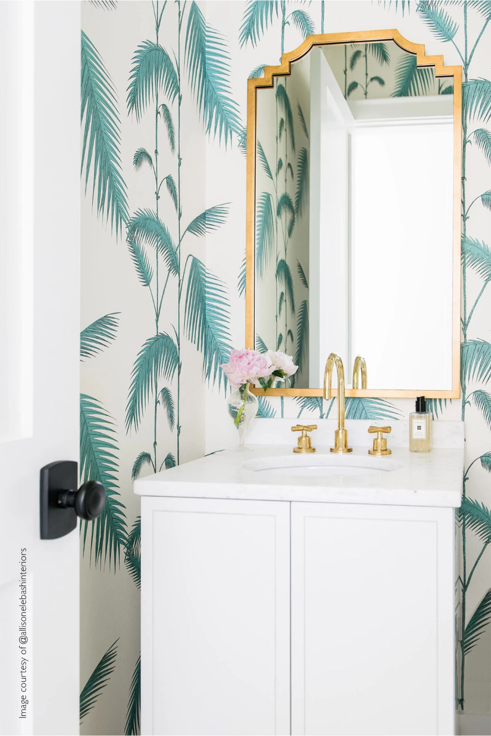 Palm Leaves White/Green in 2020 Beach bathroom design