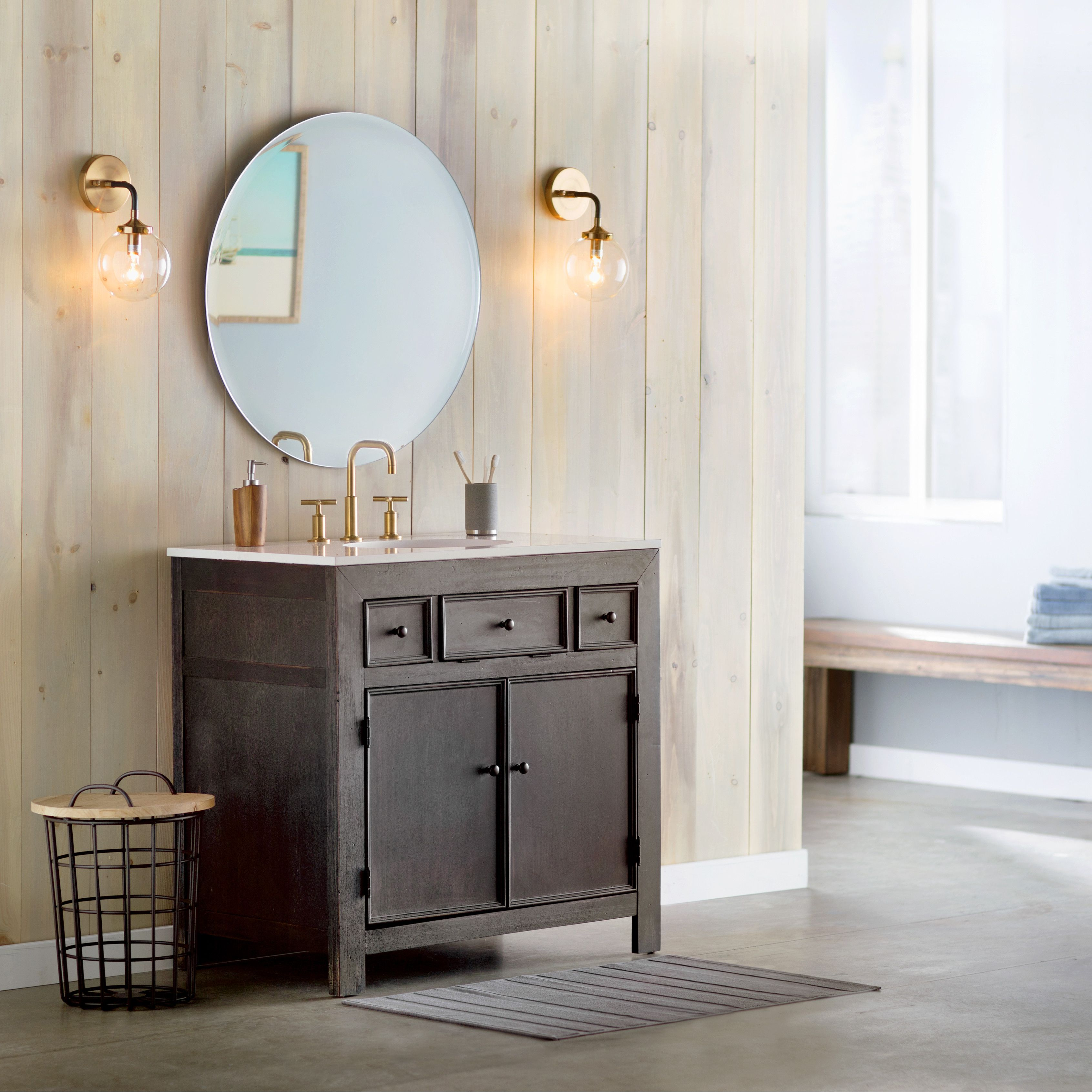 Round mirror. Round mirror bathroom, Bathroom sconces