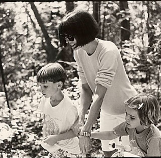 Anna Wintour With Children Charlie And Bee Shaffer