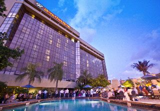 Hotel Doubletree By Hilton Miami Airport Miami Us For Exciting