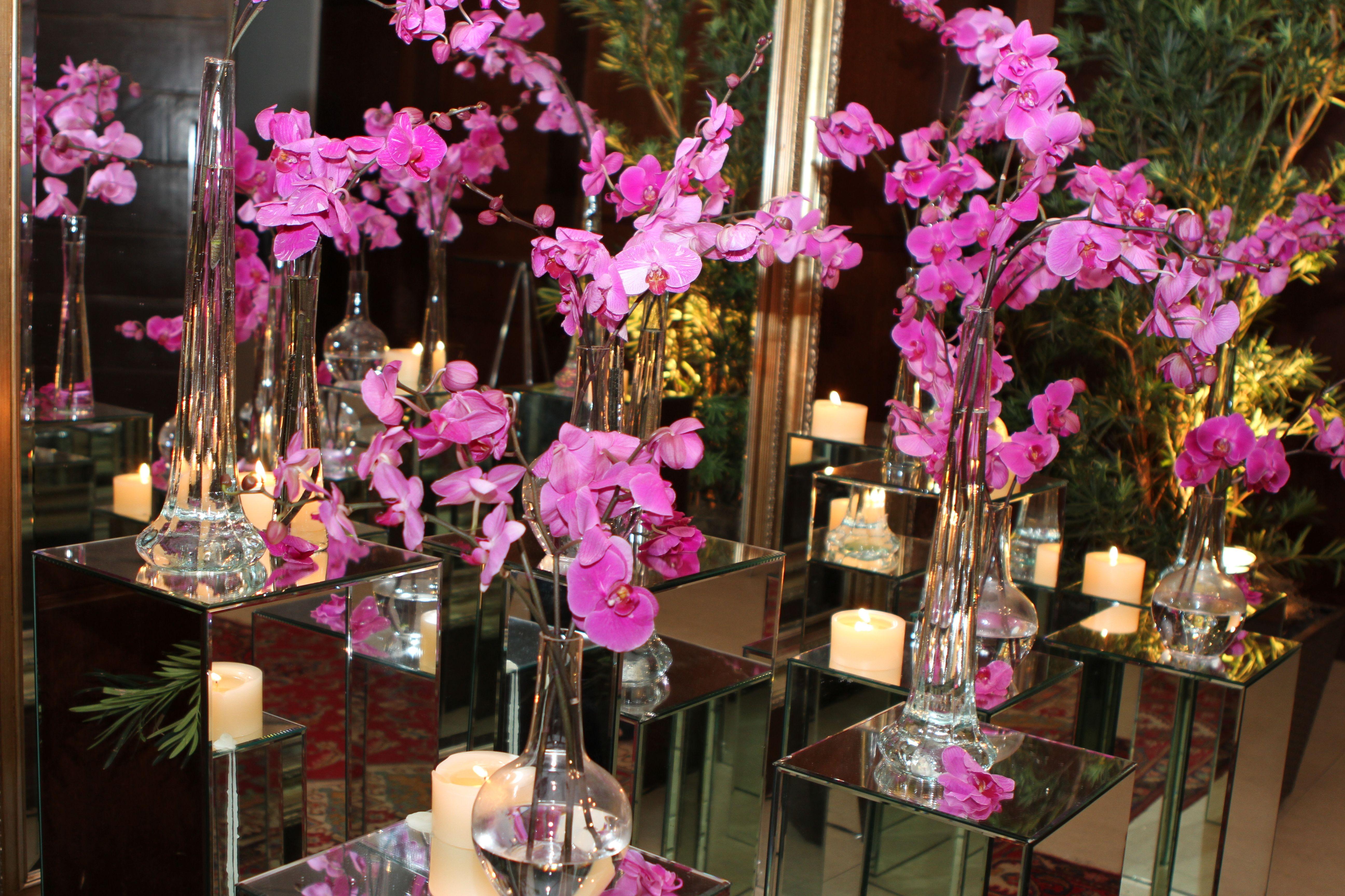 para receber os convidados escolhidos e queridos um encontro com cores e nobreza de flores