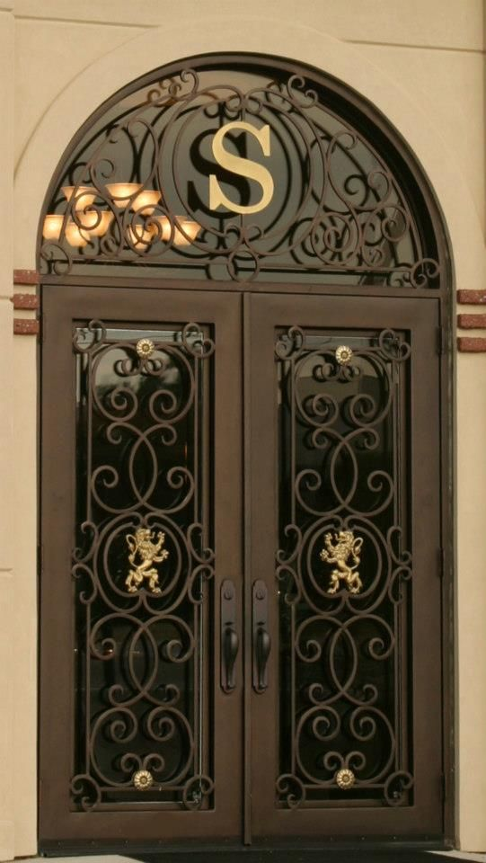 Pin By Ana Cristina Gobbo On Manhattan Iron Doors Wrought Iron Front Door Metal Front Door Iron Front Door