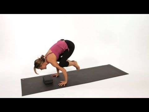 how to do a crow pose bakasana  yoga  youtube  crow