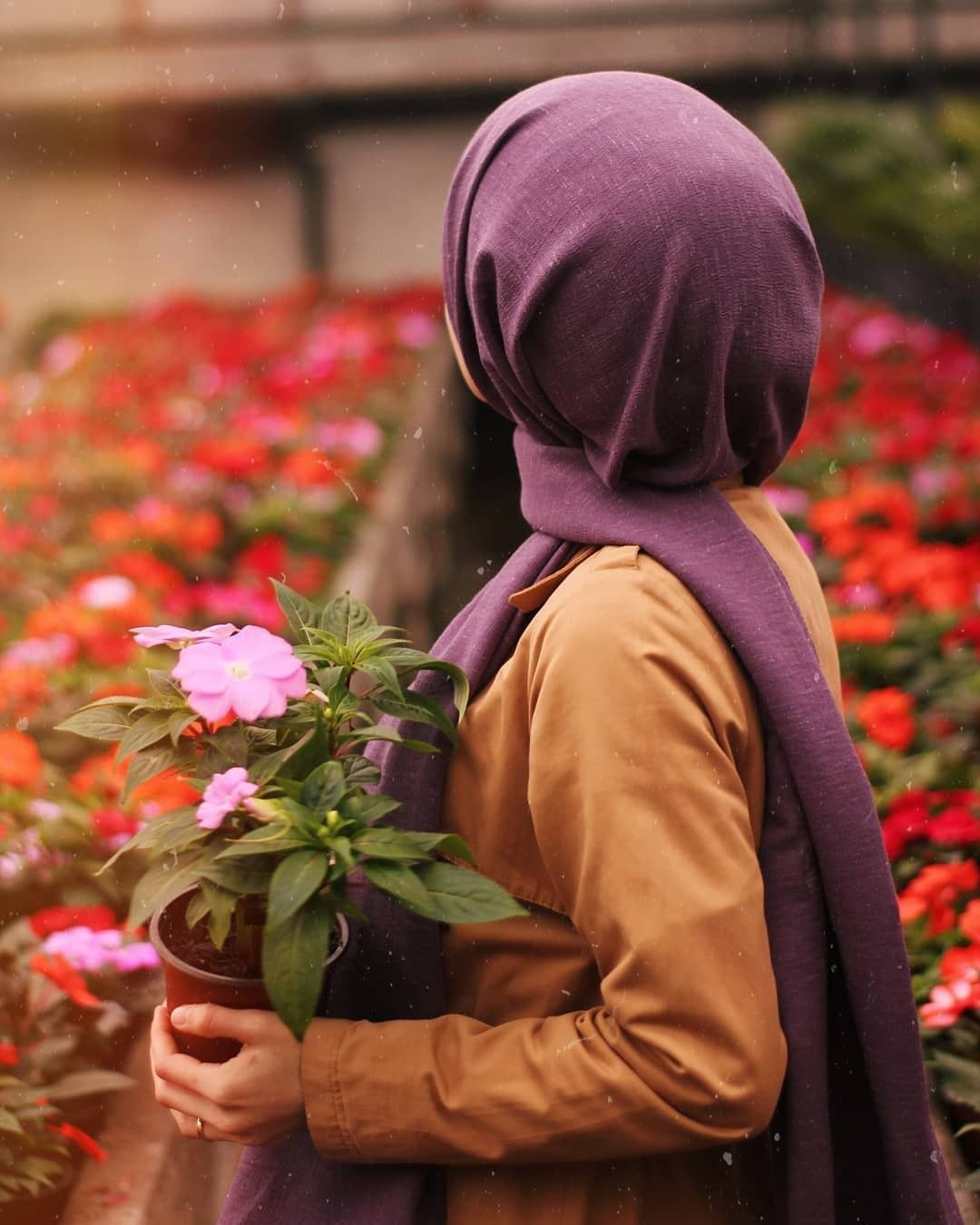 Pin By Khathijah Musaweer On Niqab Girly Photography Beautiful Hijab Profile Picture For Girls