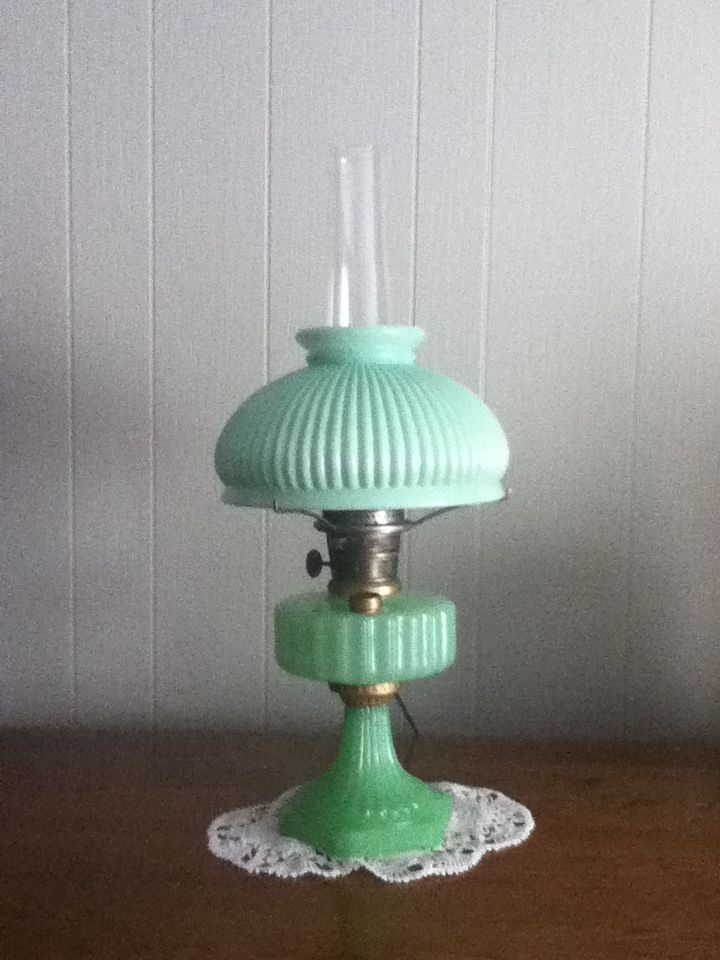 Green Aladdin Lamp With Original Shade Antique Lamps Lamp