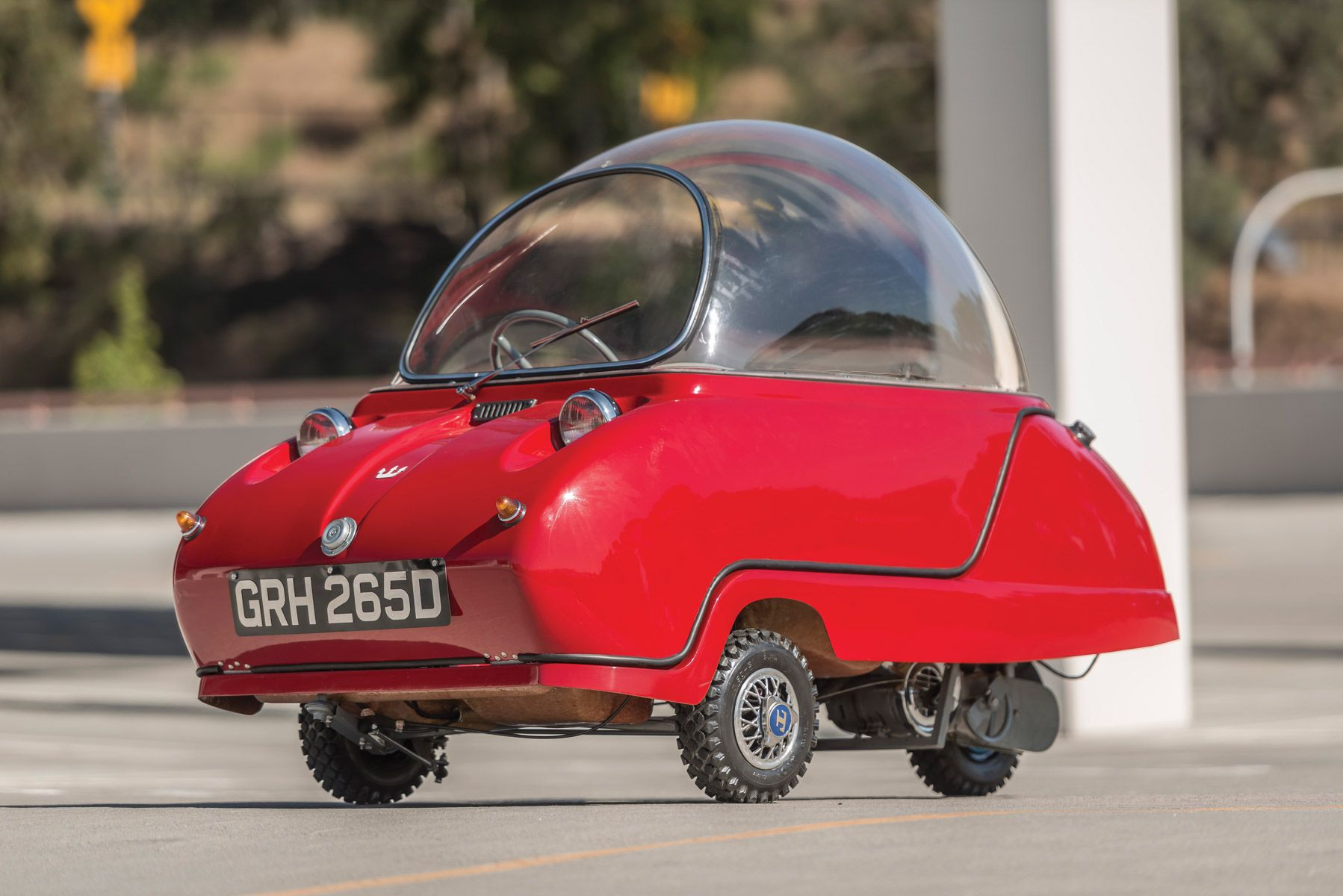 The Peel Trident Is A Retro Futuristic Oddity From The Isle Of Man Autos Fotografia Y Disenos De Unas