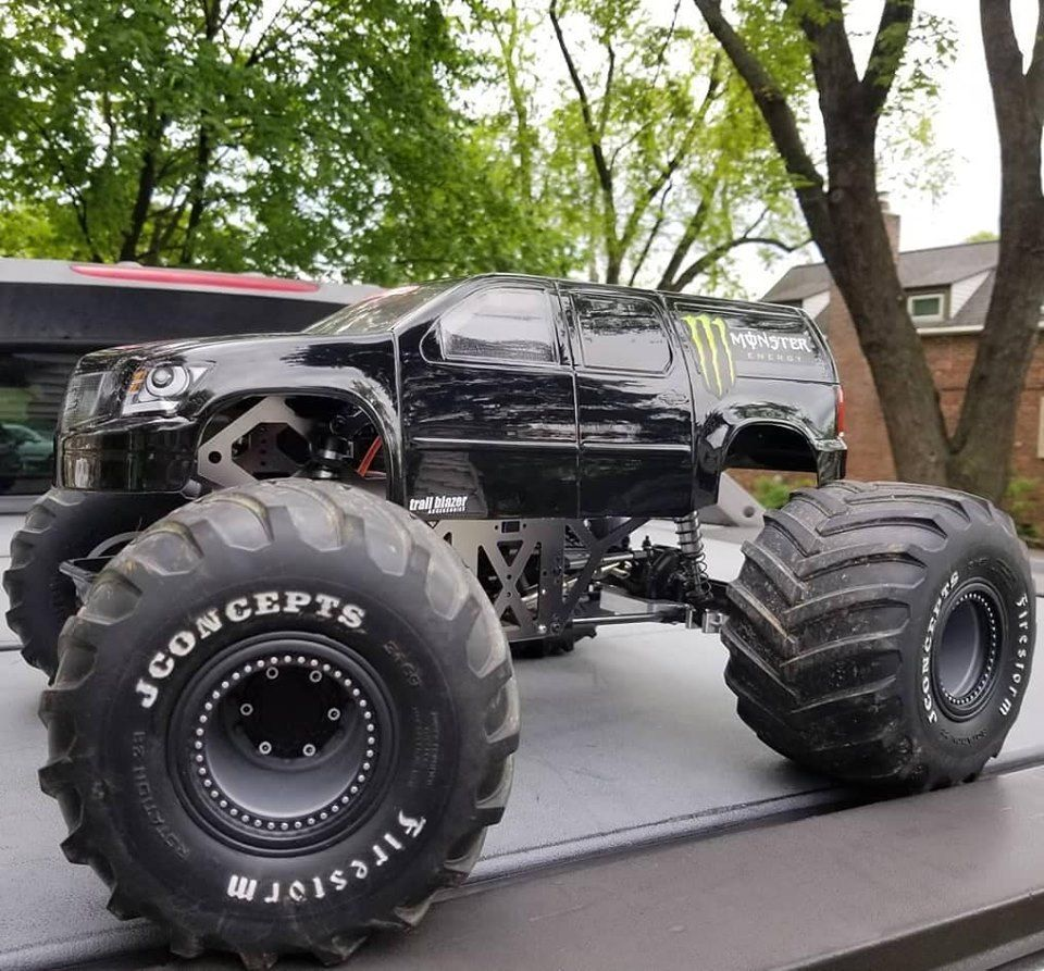 Redcat Ground Pounder 1 10 Scale Electric Rc Monster Truck In 2020