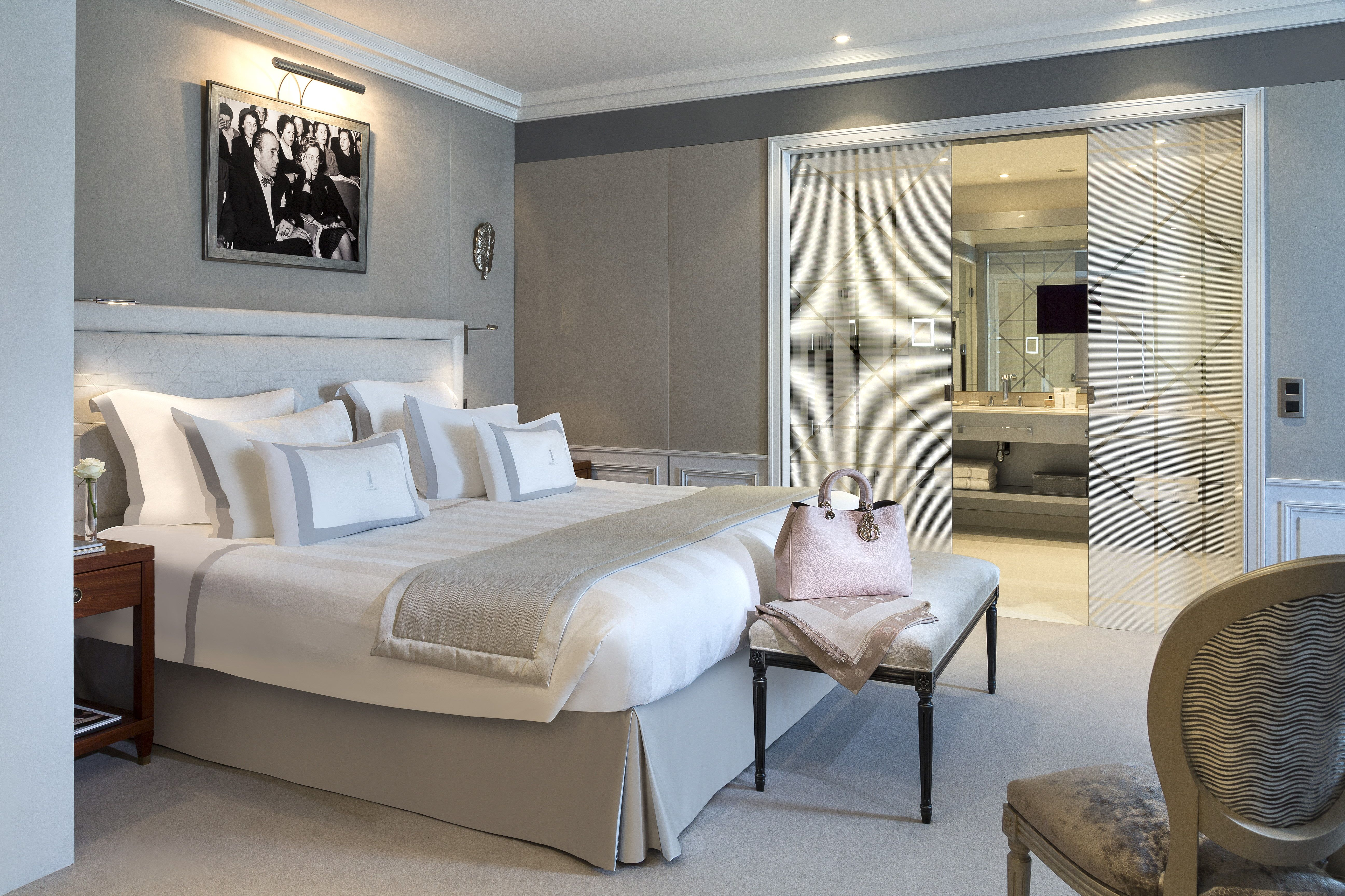 CHRISTIAN DIOR SUITE Prestigious Penthouse Upscale Room Majestic