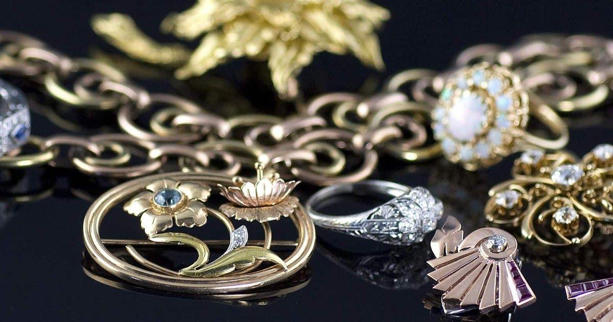 فسير الأحلام إعطاء مجوهراتك لشخص لا تعرفه في مختلف الحالات المجوهرات هي واحدة من الأشياء التي تهتم بها الكثير Vintage Jewelry Classic Diamond Jewelry Jewelry