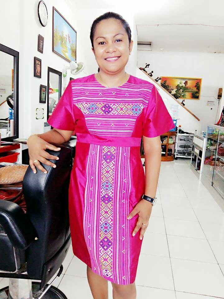 Maxi dress tenun ikat