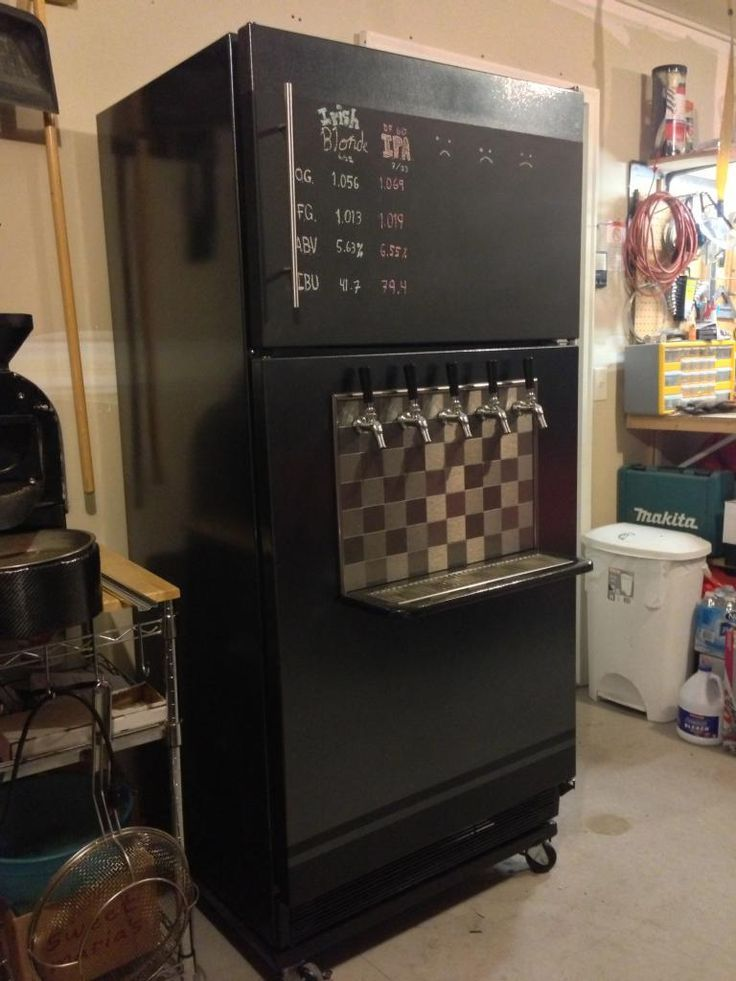 Kegerator With Chalkboard Home Brewing In 2019 Beer