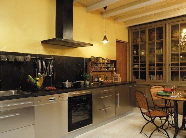 Cuisine moderne aux meubles anciens | MAISON Cuisine | Pinterest ...