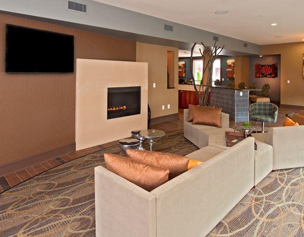 877 635 0184 1 3 Bedroom 1 2 Bath The Carlton At Greenbrier Apartments 1501 Carlton Drive Chesapeake Va 233 The Hamptons Home Modern