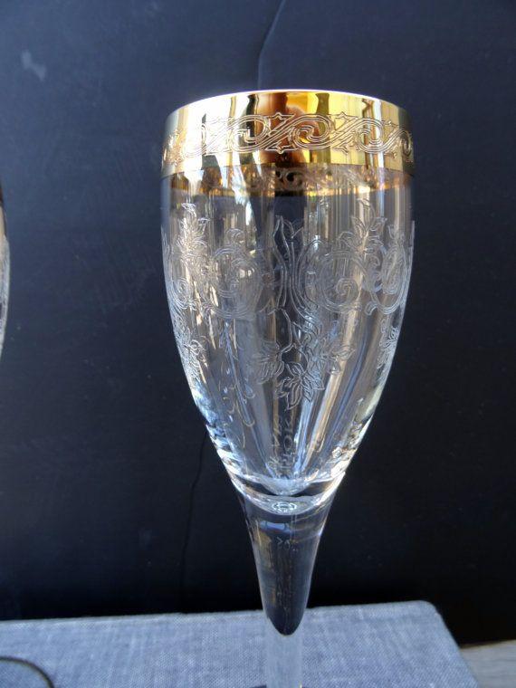 Vintage Gold Banded Needle Etched 4 Champagne Flutes Etched Etsy Gold Bands Wedding Glasses Champagne Flutes