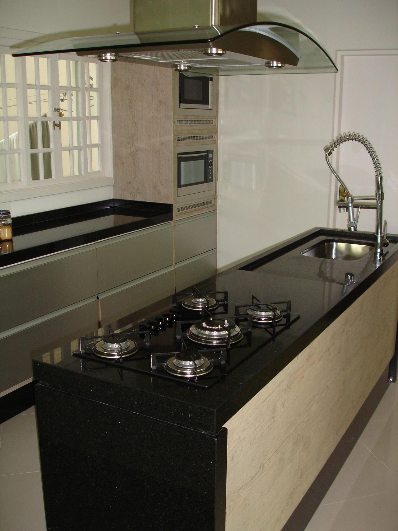 Cozinha Com Ilha Escura Com Pia Com Imagens Cozinha Com Ilha