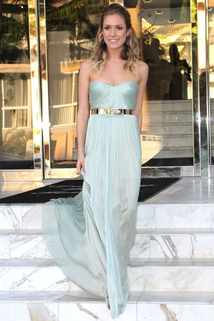 Simple, beautiful dress and such a gorgeously unexpected ...