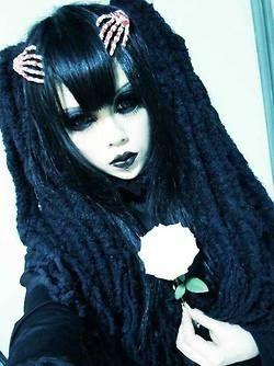 Super cute goth girl