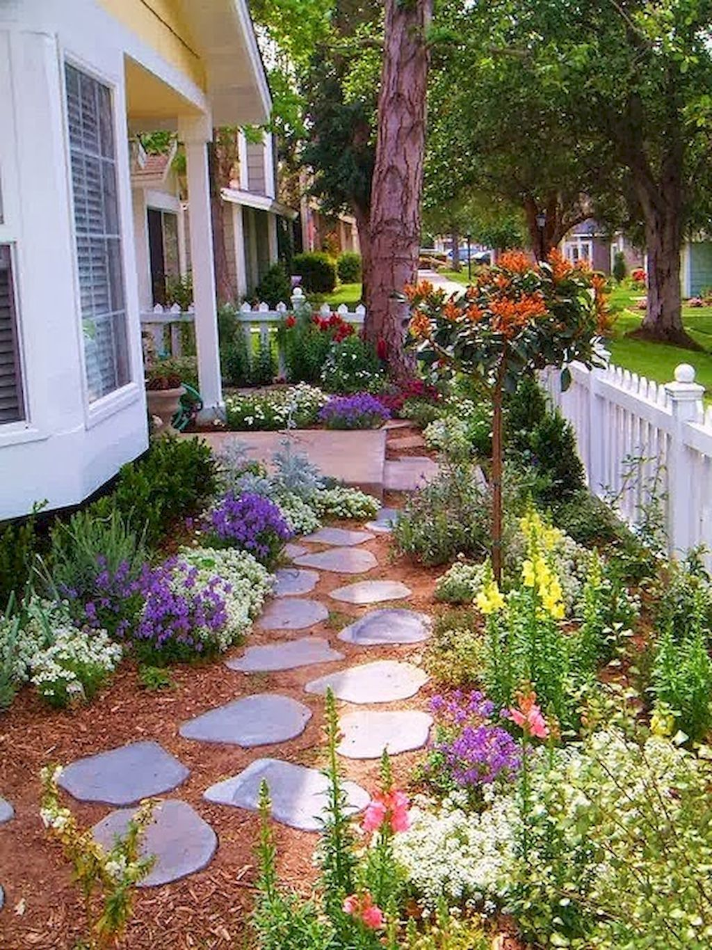 85 Affordable Front Yard Walkway Landscaping Ideas | Small ... on Small Walkway Ideas id=38960