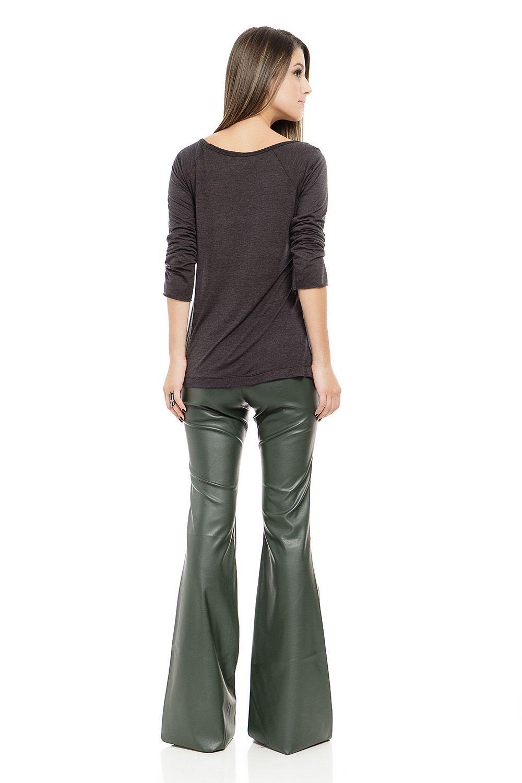 Calça Flare de Couro Verde - roupas-calcas-calca-flare-de-couro-verde Iorane