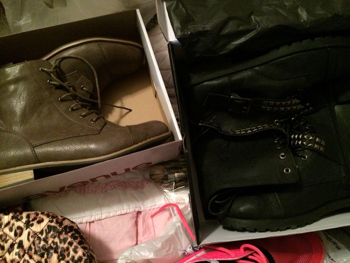 my pick ups love my lil boots