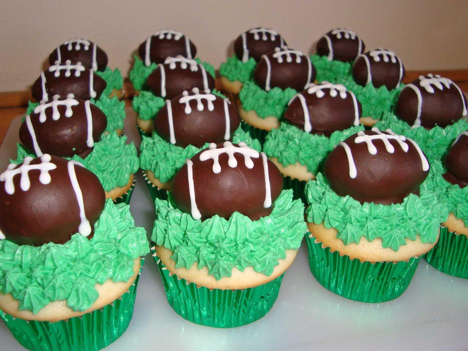Cake Decorating Ideas Football Themed Birthday Cake And Cupcake