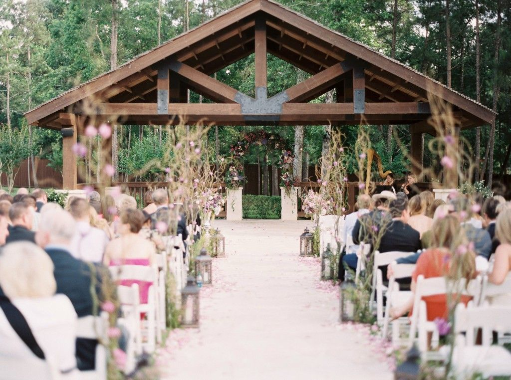 Texas Wedding Julie Paisley Photography Aaryn Williams Pink Parasol Designs And Coordinating
