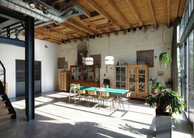 Une ancienne grange transformée en loft à amsterdam par houben & van