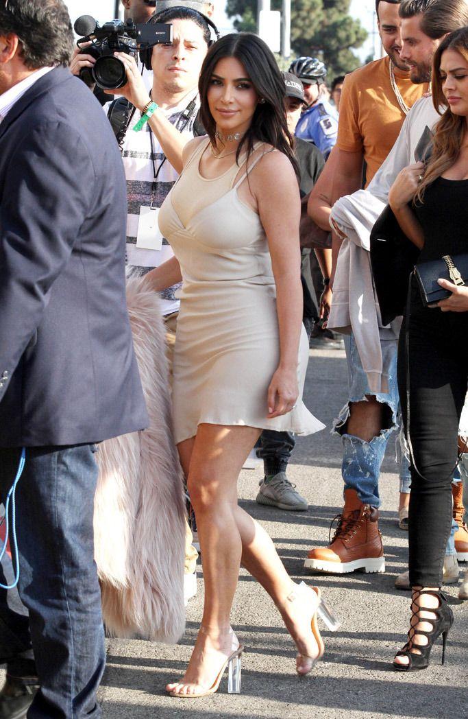 41f9dd00881 kim-kardashian-perspex shoes