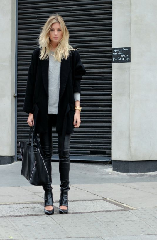 Slouchy Boyfriend Blazer - Leather Pants - Black hobo bag - High ...