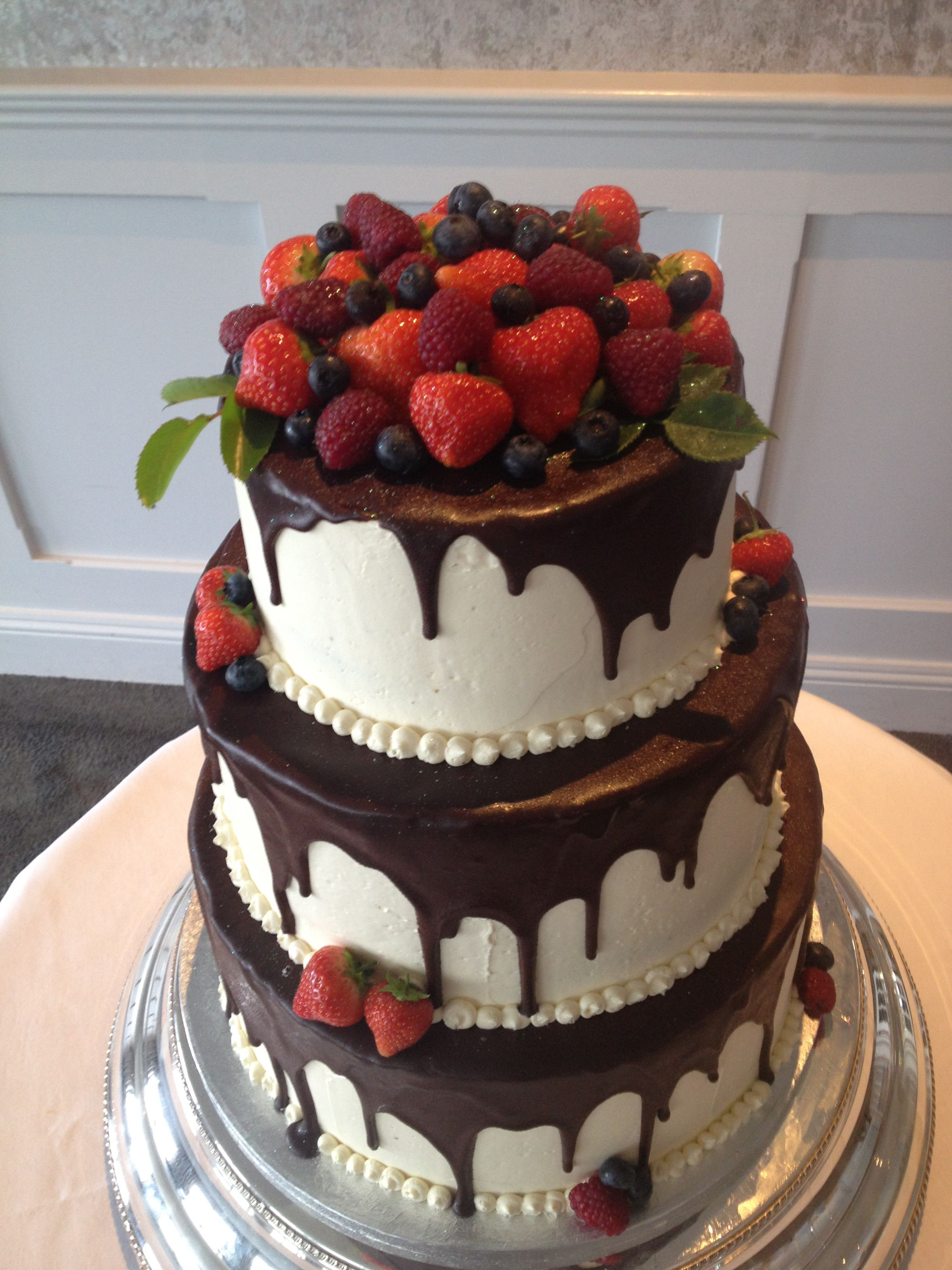fruit wedding cake   Google Search   Cheesecake Decorating Ideas to     fruit wedding cake   Google Search