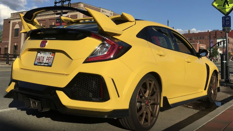 The Only Phoenix Yellow 2018 Honda Civic Type R Looks Strikingly Sharp Honda Civic Honda Civic Type R Honda Type R