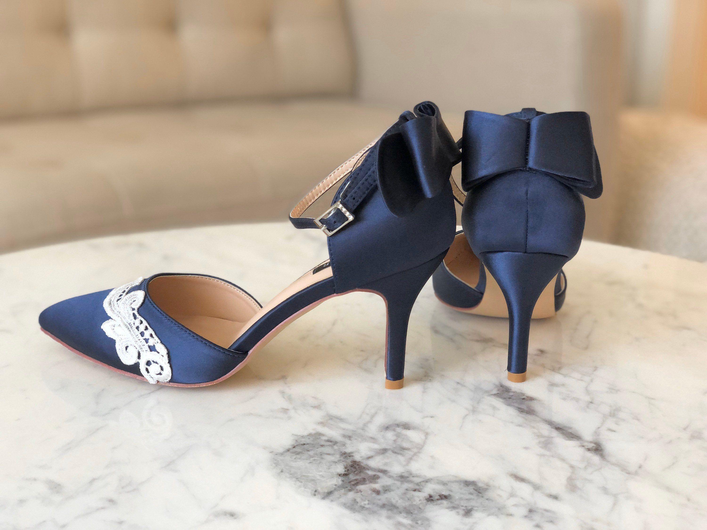 Wedding Shoes Low Heel Blue Navy Blue Wedding Shoes Pointed Toe Wedding Heels Bow Blue Bridal Hee In 2020 Blue Bridal Heels Blue Wedding Shoes Navy Blue Wedding Shoes
