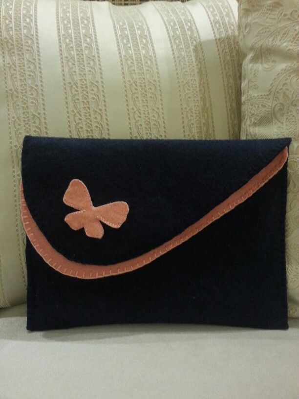 Kelebekli portföy çanta
