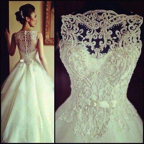 beaded lace back wedding dress. #hanna   wedding stuff   pinterest
