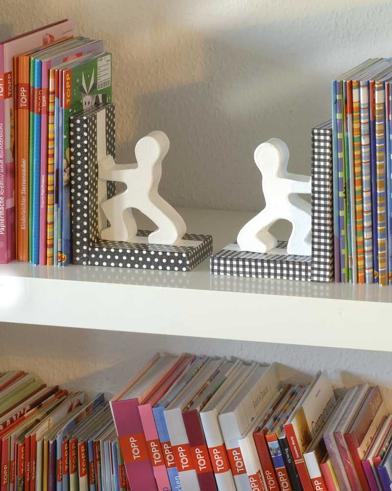 design im b cherregal pappart buchst tzen idee mit anleitung klick auf besuchen. Black Bedroom Furniture Sets. Home Design Ideas