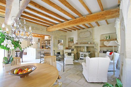 Interieur provencal la maison de provence pinterest for Decoration maison interieur