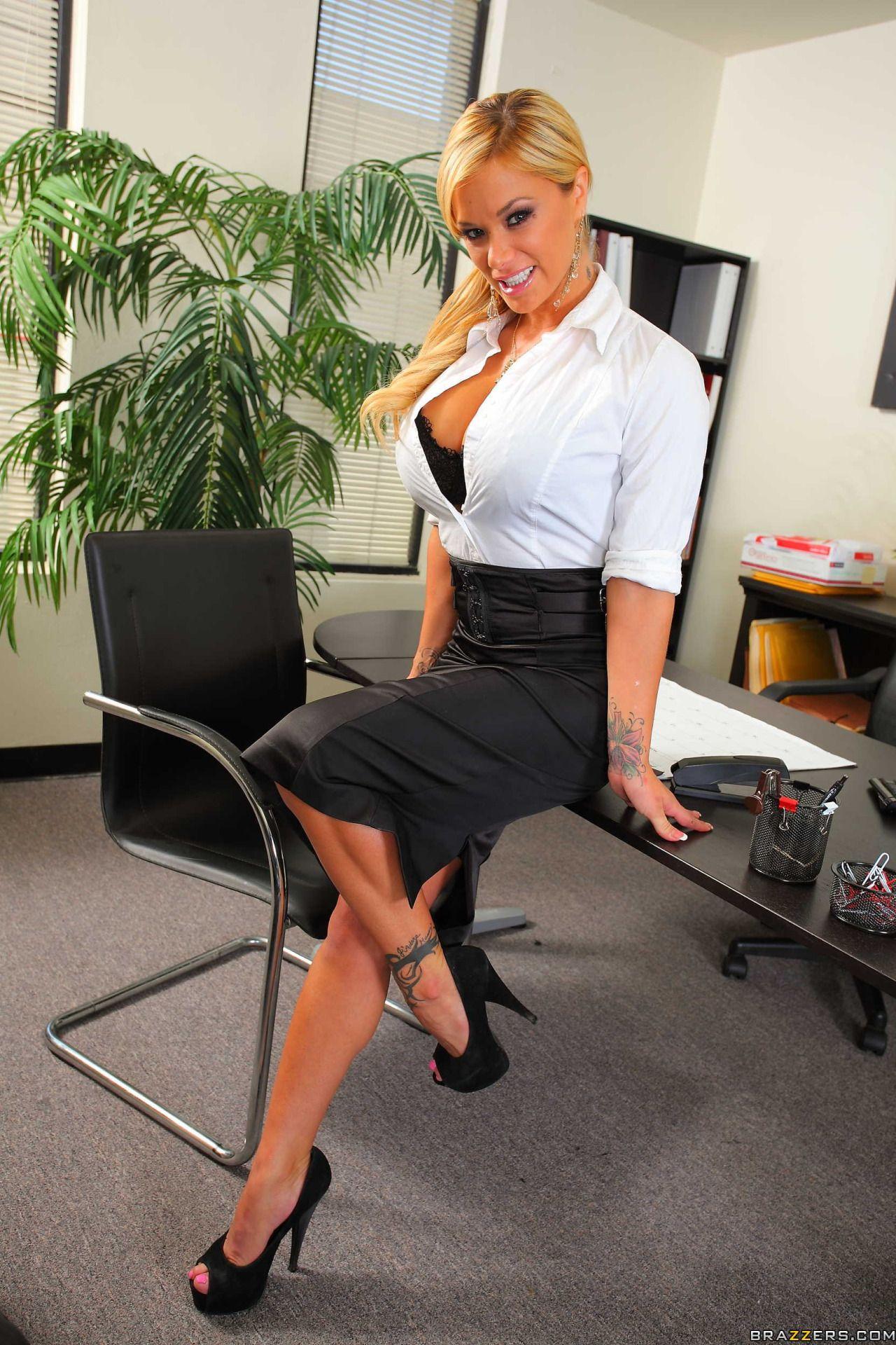 Hot Pornstar Secretary Lucy Zara Lounges On Her Desk Spread In Stockings
